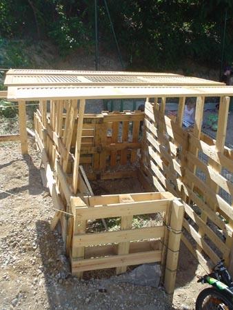 La cabane pour le compost