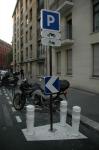 medium_parking_moto.jpg